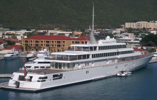 Rising_Sun_(yacht)_2006